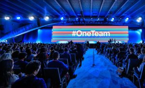 Twitter #OneTeam